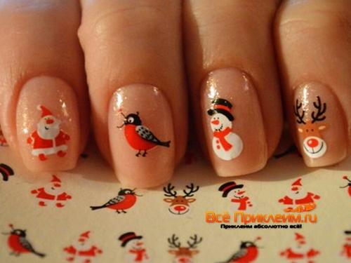 Новогодние наклейки на ногтях